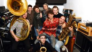 Video   'We zijn een band maar ook een soort mannenpraatgroep'